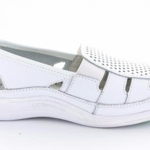 susie-bowls-shoe-white